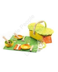 Djeco Wooden Picnic Basket Role Play, My Pic Nic: Toys & Games